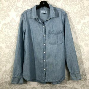 Old Navy Light Blue Classic Button Up Top Size M